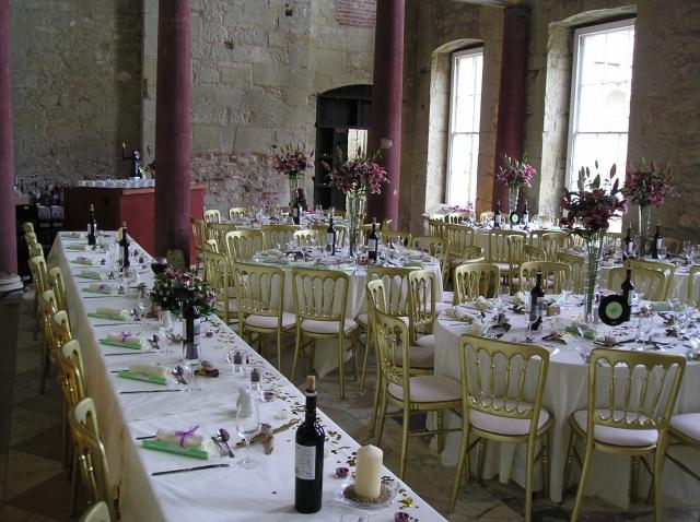 Reynes Blog 5 Delicious Edible Wedding Centerpiece Ideas Wedding Cake Centerpieces Ideas
